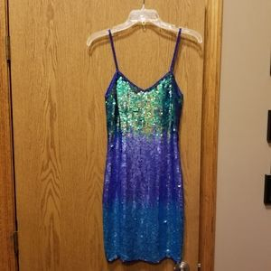 Adrianna Papell Dresses - Beautiful Arrianna Papell Solid Sequined dress